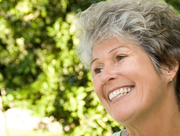 Portsmouth RI Dentist | Optimal Gum Health for Seniors
